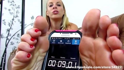 Blonde foot goddess JOI edging