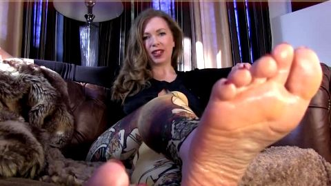 Wet, shiny feet and dirty talk