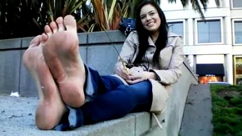Pretty college girl with dirty feet talks foot fetish