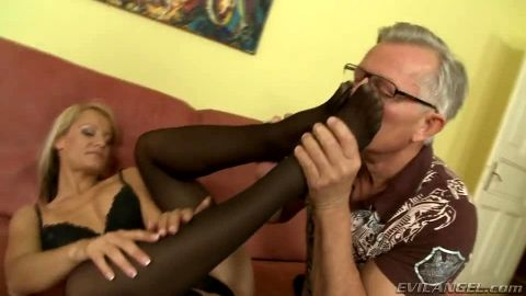 Blonde's footjob gift to an older gentleman