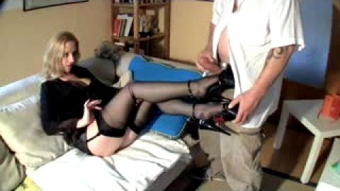 Jerking off on sexy black nylons