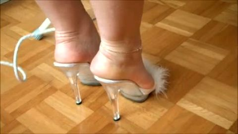 Pretty toes in Furry High Heeled Mules