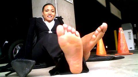 Pretty ebony feet out in parking garage