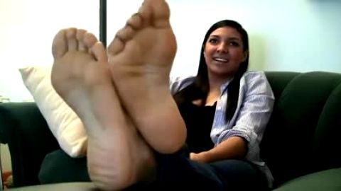 Latina's feet are really soft and sexy