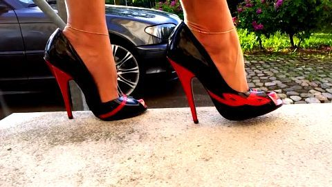 Open toed stiletto pump hotness outdoors