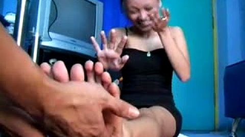 Asian Princess Barefoot Tickling Kinky Foot Fetish