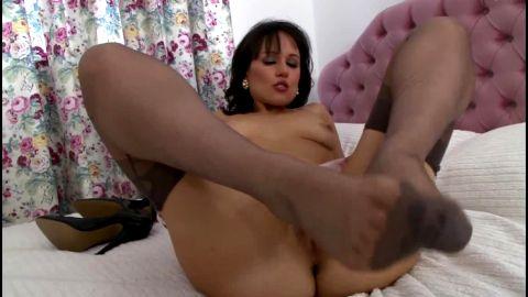 Foot tease in nylons talks dirty