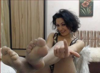 Milf feet tease Fun Amateur Leg Tease Knows You Love Feet Feet9