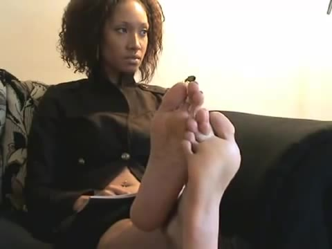 Sexy black womens feet