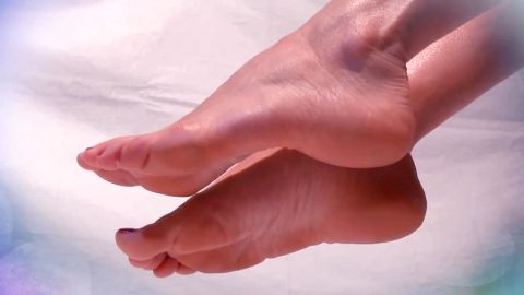 Watch As These Soft Delicate Feet Get Shown Off On Her Bed