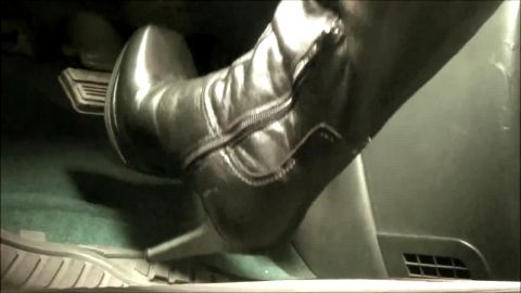 Pumping pedals in knee high stiletto leather boots