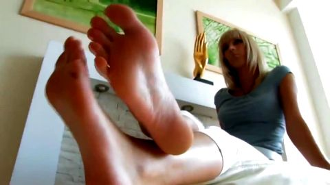 This Sexy Blonde Girl Shows You Her Bare Feet From All Over The House