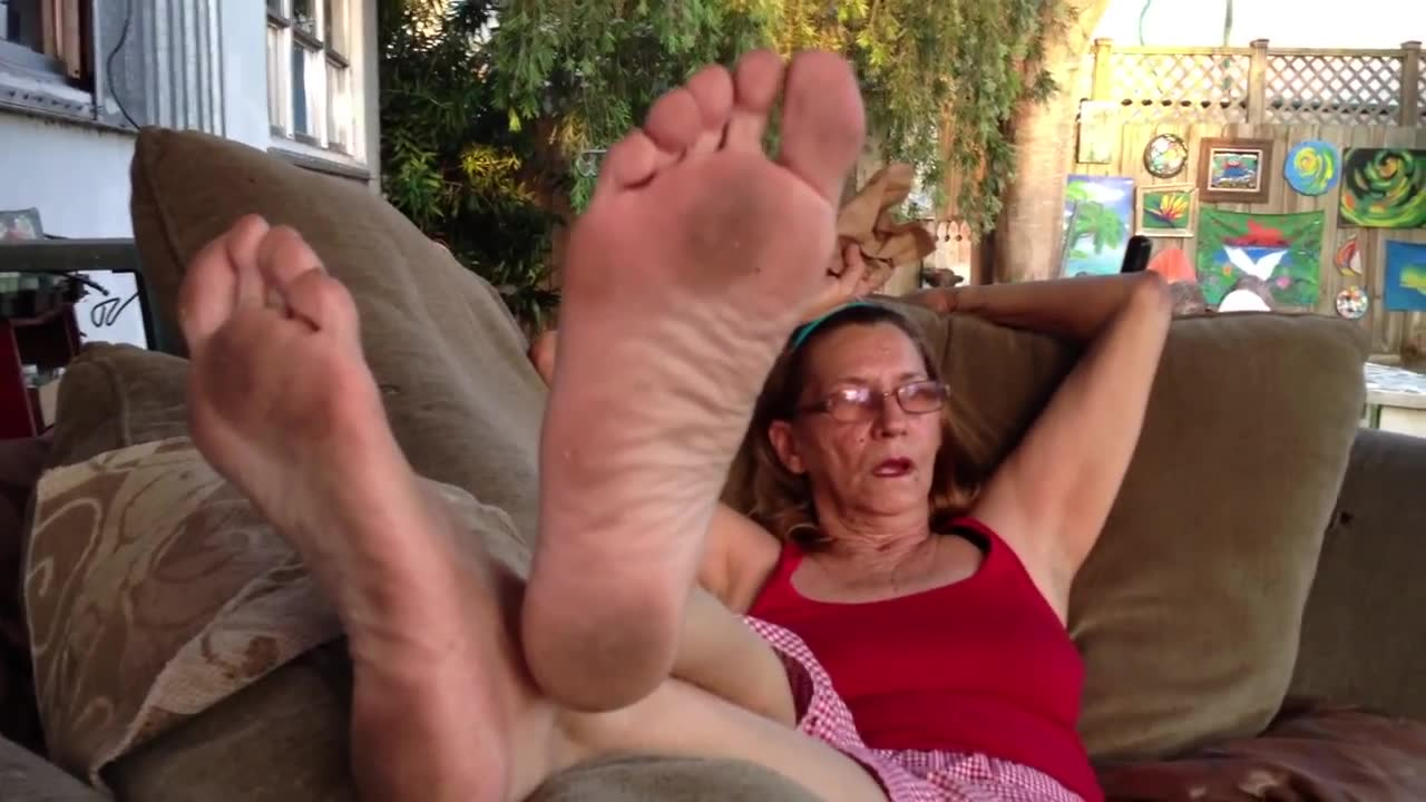 Older Woman Foot Fetish