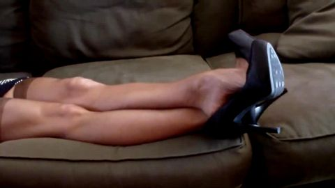 Black Pumps and stockings... Sexy