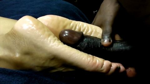 Interracial Footjob and cum on feet