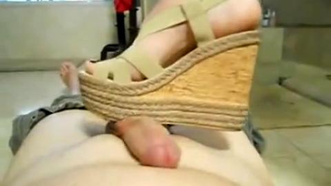 Clunky Platform shoe job sexiness