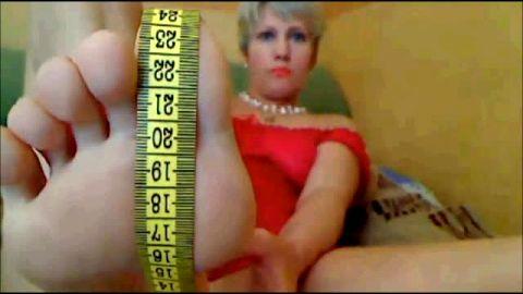 Older lady measures her feet