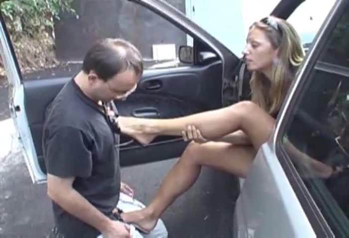 Italian Mistress Feet Slave