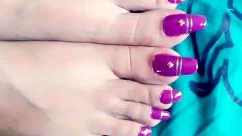 Do long toenails turn you on?