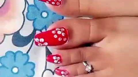 Very long toenails with Hawaiian print