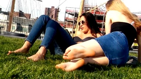 Great looking college girls show their gorgeous naked feet outdoors only for naughty voyeurs