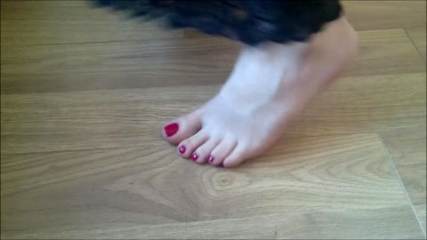Turkish wife with red toenails dancing
