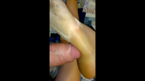 Kinky dude rubbing his massive white cock on sexy amateur feet