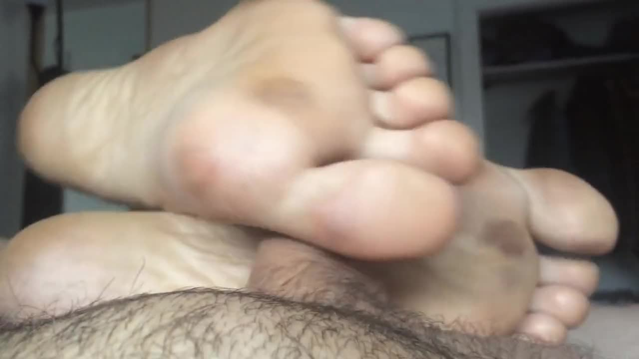 Amateur Cuckold Films His Wife
