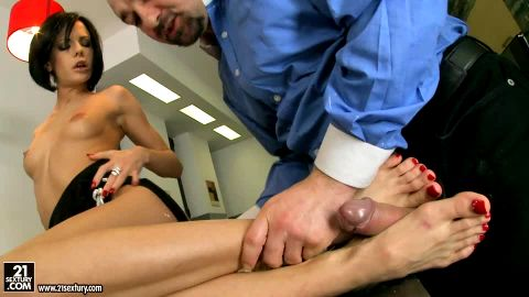 Horny Liz Valery got her creamy feet dicked on the kitchen counter
