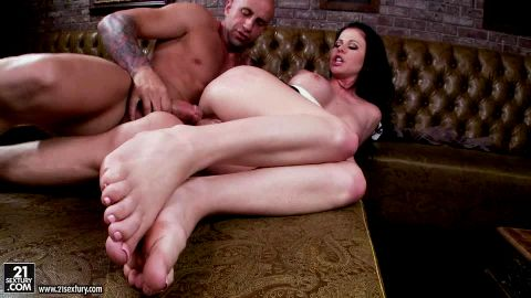 Big titted Loni Evans got her toes sucked as being roughly fucked