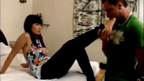 Lucky Guy Licks Asian Chick's Delicious Feet
