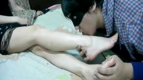 Blindfolded Asian foot fetish lover licking sexy soles and feet really good