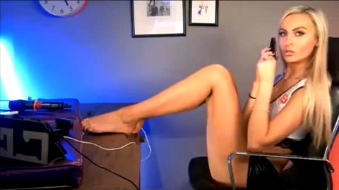 Spectacular Tiffany Rose exposes her incredible feet and legs while talking to her horny admirer