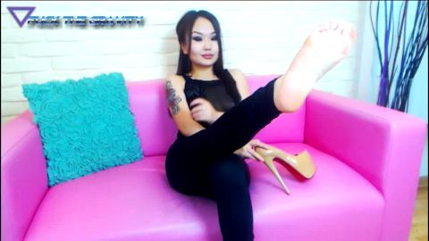 Unique compilation of attractive Asian webcam babes exposing their beautiful feet online