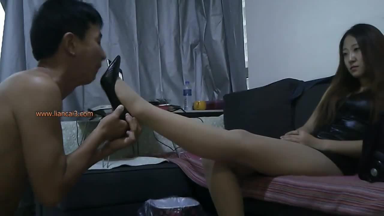 Foot fetish slave