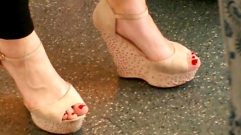 Kinky voyeur camera is after lovely amateur girls wearing sexy wedges in public