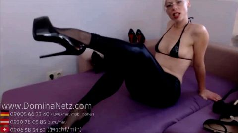 Hot & horny German domina in perfect JOI foot fetish session