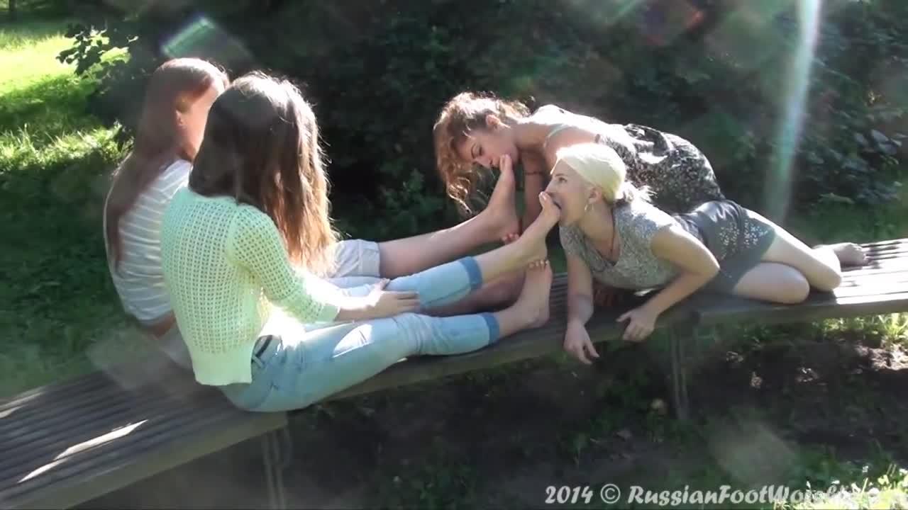 Girls Feet Sock Worship