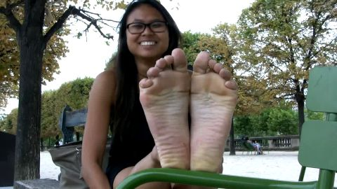 Smiley Cambodian girl with exotic feet posing in front of my cam in public