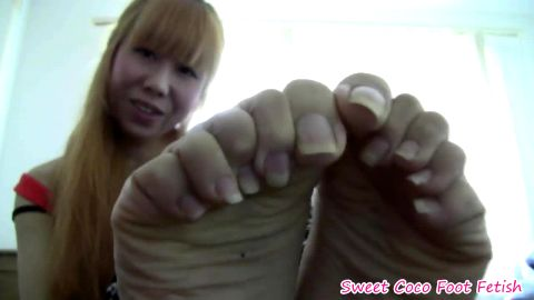 Famous Asian mistress Sweet Coco exposing her long toe nails and attractive feet