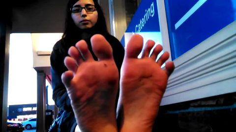 Charming teen lets me film and massage her gorgeous feet in public
