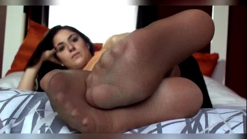 AMAZING NYLON FEET SOLES