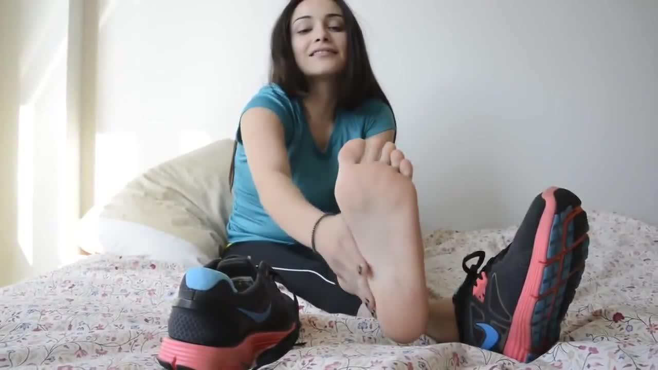 Asian Teen Feet Porn