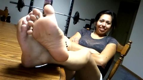 Bored amateur Latina with cute feet got filmed by a naughty voyeur
