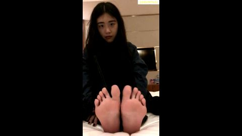 Shy amateur teen will blow you away with her teenage Asian toes and feet