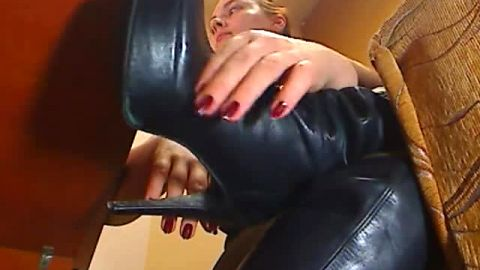 Kinky amateur slut takes her sexy boot off and shows yummy toes in nylon stockings