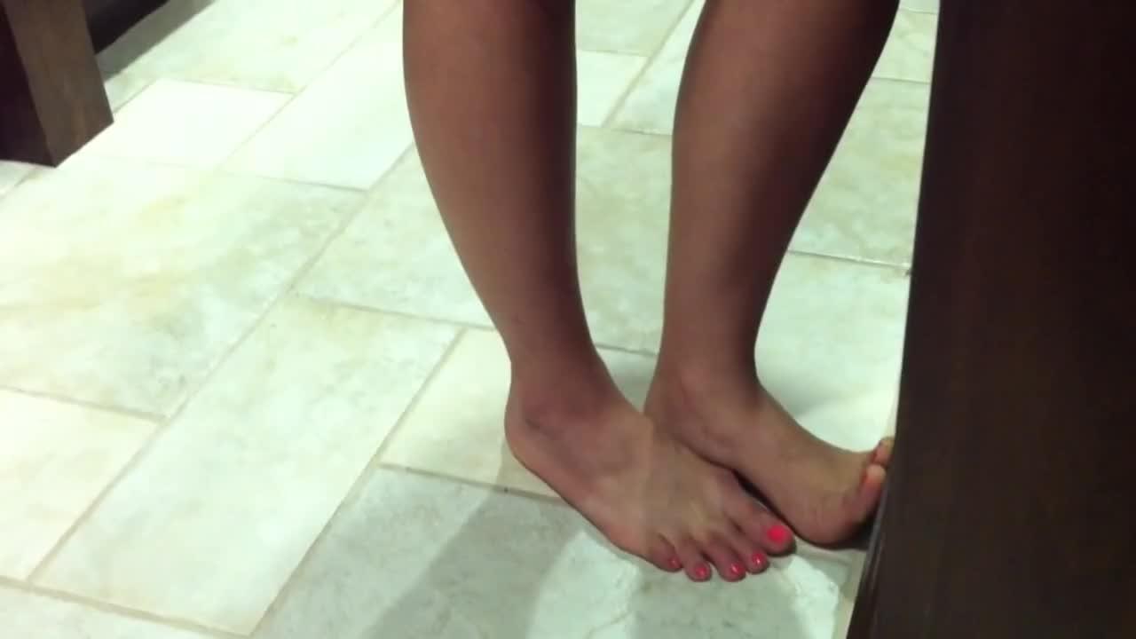 candid feet tickle