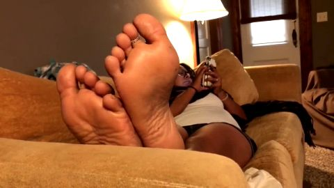 Latina Sole Rubbing