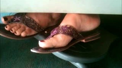 French Woman Candid Feet (faceshot)
