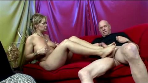 Mature slut Kelly Leigh gets her feet worshipped and pussy fucked by a bald bastard
